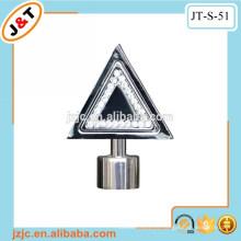 Triángulo decorativo para el hogar diseño de fantasía barras de cortina plana con diamante finial