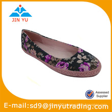 2014 pictures of women flat shoes