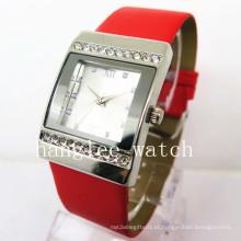 Relógio de quartzo de liga de diamante relógio de quartzo moda barata (hl-cd024)