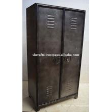 Armario industrial del armario de la vendimia Final del metal natural