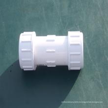 China - Colocación de tubo de PVC del material - Acoplamiento