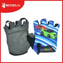 A mão exterior barata da luva do ciclismo das crianças da aptidão protege com o aperto do silicone