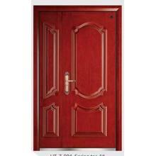 Новые деревянные бронированные двери