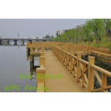Grade composta de madeira de Streamside WPC do PE do assoalho do jardim de WPC