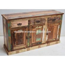 Aparador de madera de color viejo recuperado
