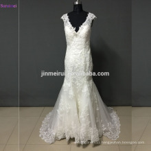 New Arrival Lace Wedding Dresses with Fashion Applique Hem Borders Tulle Back See Through Buttons Mermaid Wedding Dress