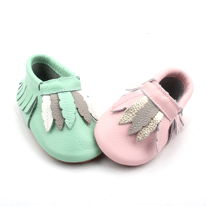 Wholesale Colorful Handmade Tassel Baby Moccasins