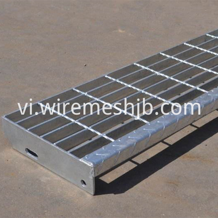 Steel Grating Stair Tread