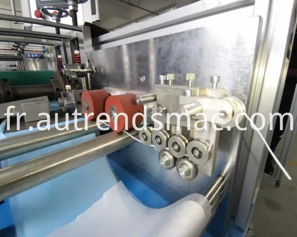 Semi-Auto Flat 3ply Face Mask Disposable Mask Making Machine with Ear-Loop Welder (1)