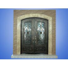 Porte d'entrée de villa magnifiquement conçue