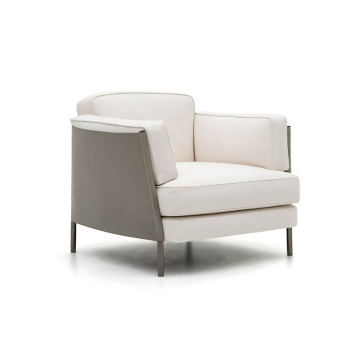 Poltroncina Minotti SHELLEY GamFratesi Design