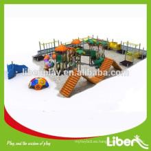 Mejor diseño infantil patio de recreo Precio de fábrica Kid de lujo patio al aire libre