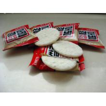Alimentos fritos fritos - arroz cracker senbei