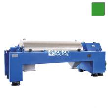 Horizontal sludge dewatering centrifuge separator