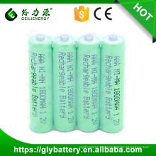 4 peças de um pacote NIMH AAA 1800 mah Bateria Recarregável 1.2 V