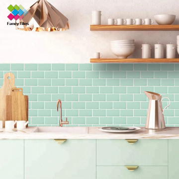 Selbstklebende Peel and Stick Kitchen Backsplash