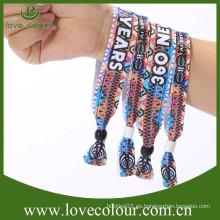 2015 Wristbands calientes del festival de la tela de la venta para la venta