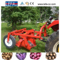 Hot Selling Mini Tractor Potato Harvester with Ce