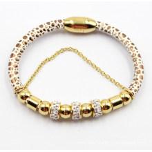 Bracelet en cuir aimant de mode avec perles en acier inoxydable plaqué or et zircone