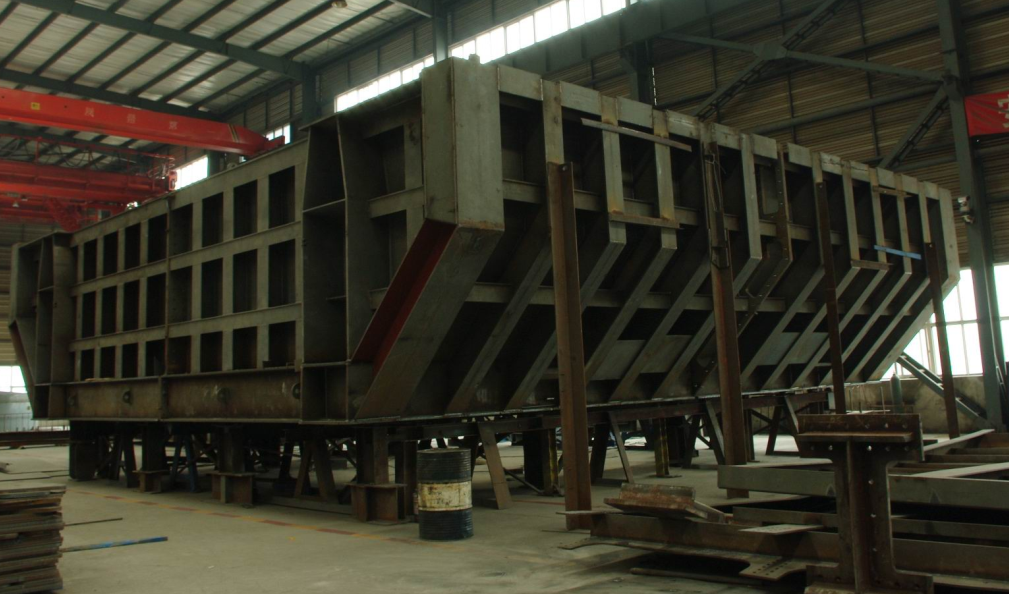 Large steel components
