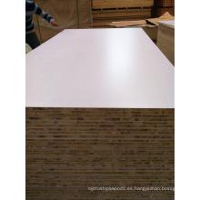 Tablero de madera con melamina blanco / Paneles con base de álamo de 18mm