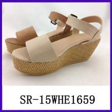 Sandalias vendedoras calientes de las mujeres del modelo nuevo de la sandalia de 2015 sandalias vendedoras calientes de las mujeres
