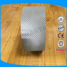 Tissu à bande réfléchissante perforée pour vêtements de plein air