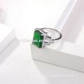 оптовая OEM мода серебряное кольцо темно-зеленый камень Ясный CZ Индийский Изумруд кольца
