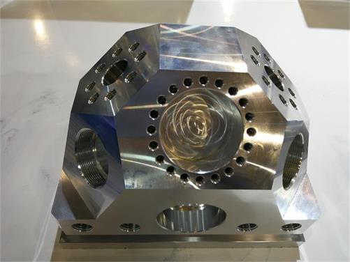 5-axis Machined Polyhedron with Smooth Surface
