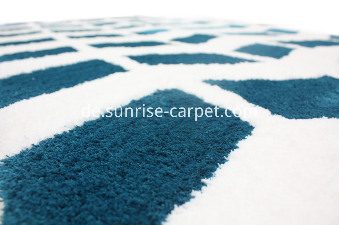 Microfiber Rug with Design Blue and White color