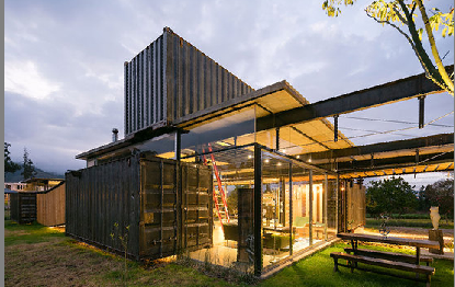 Container Building Townhose Villa