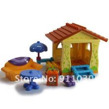 Educational plastic toy bricks