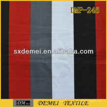 tissu toile rayé blanc et noir rouge