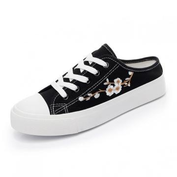 Обувь Цветочная вышивка Нашивка Тапочки Мода на шнуровке