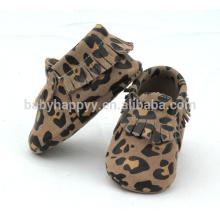Calzado de cuero suave infantil vendedor caliente de los zapatos al aire libre del animal del bebé