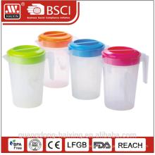 Plastique de qualité alimentaire classique verseuse bouilloire d'eau froide