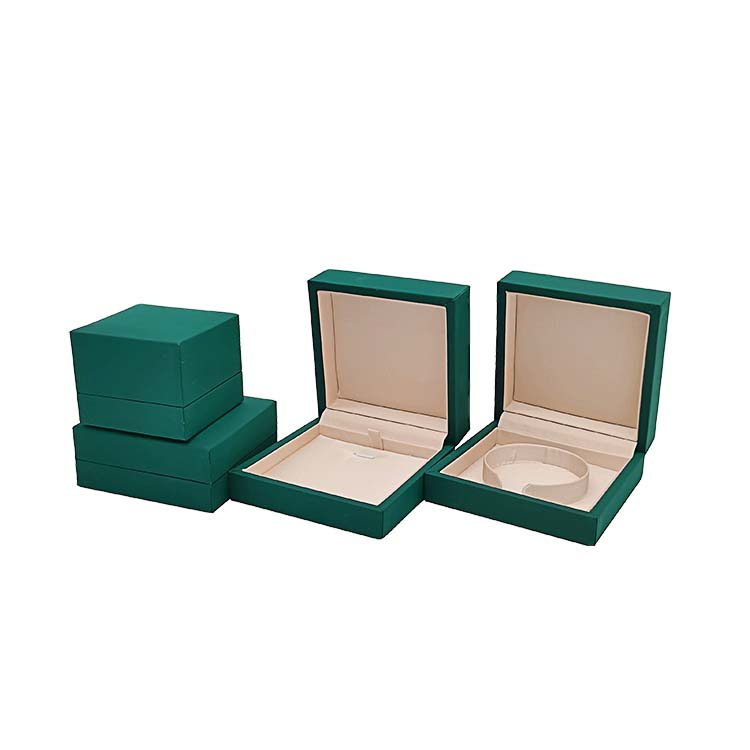 Jewelry Packaging Jpg