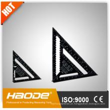 Régua Triangular Preto