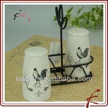 Bouteille de poivre salée en céramique