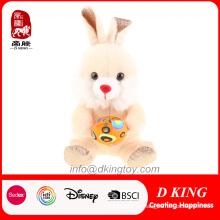 Regalos al por mayor coloridos del juguete del conejo de la felpa de Pascua con el huevo