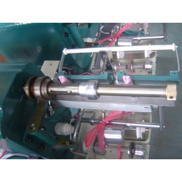 Machine de bobinage de fil de viscose