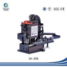 Borne de fil automatique pressant le moule / applicateur pour la machine à sertir