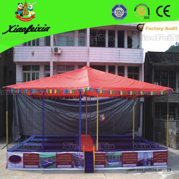 Шесть постельных батутов с крышей