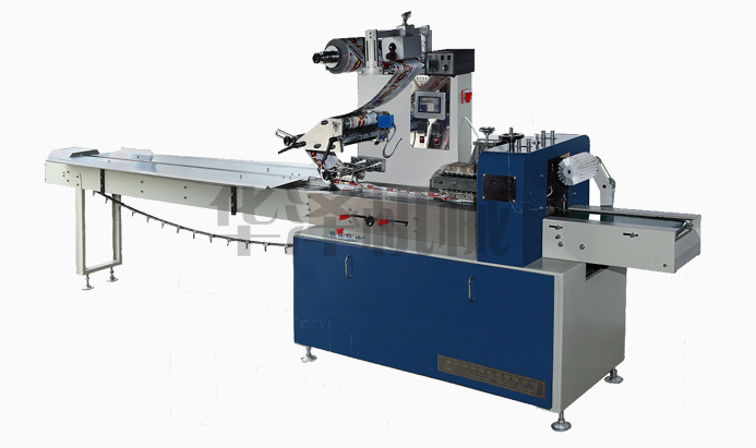 Automatic cutlery packing machine