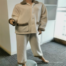 Pyjama à revers avec poches 100% polyester brossé