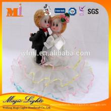Accessoires de décoration de gâteau de mariage de tissu de poupée jolie