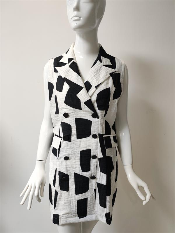Black and White Lady Dress