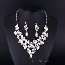 Novo estilo clássico cristal claro colar de chapeamento de prata