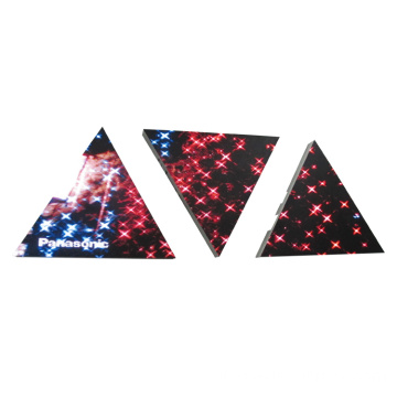 Bellissimo display LED triangolare