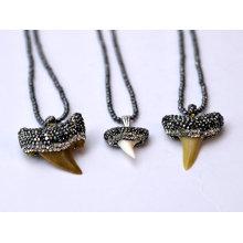 Genuino tiburón dientes naturales piedras preciosas collar de piedra joyería colgante para hombres y mujeres